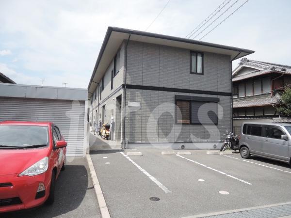 茨木市奈良町の賃貸物件外観写真